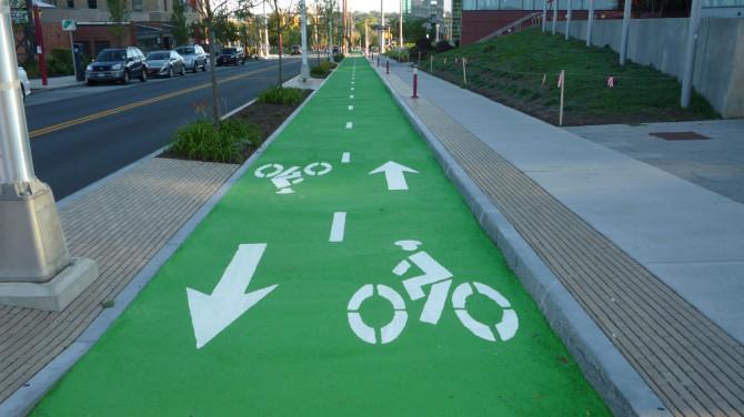 Syracuse_Green Bike Lane_Symbol